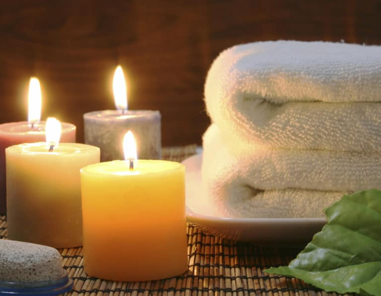 Spa towels and candles christmas gift