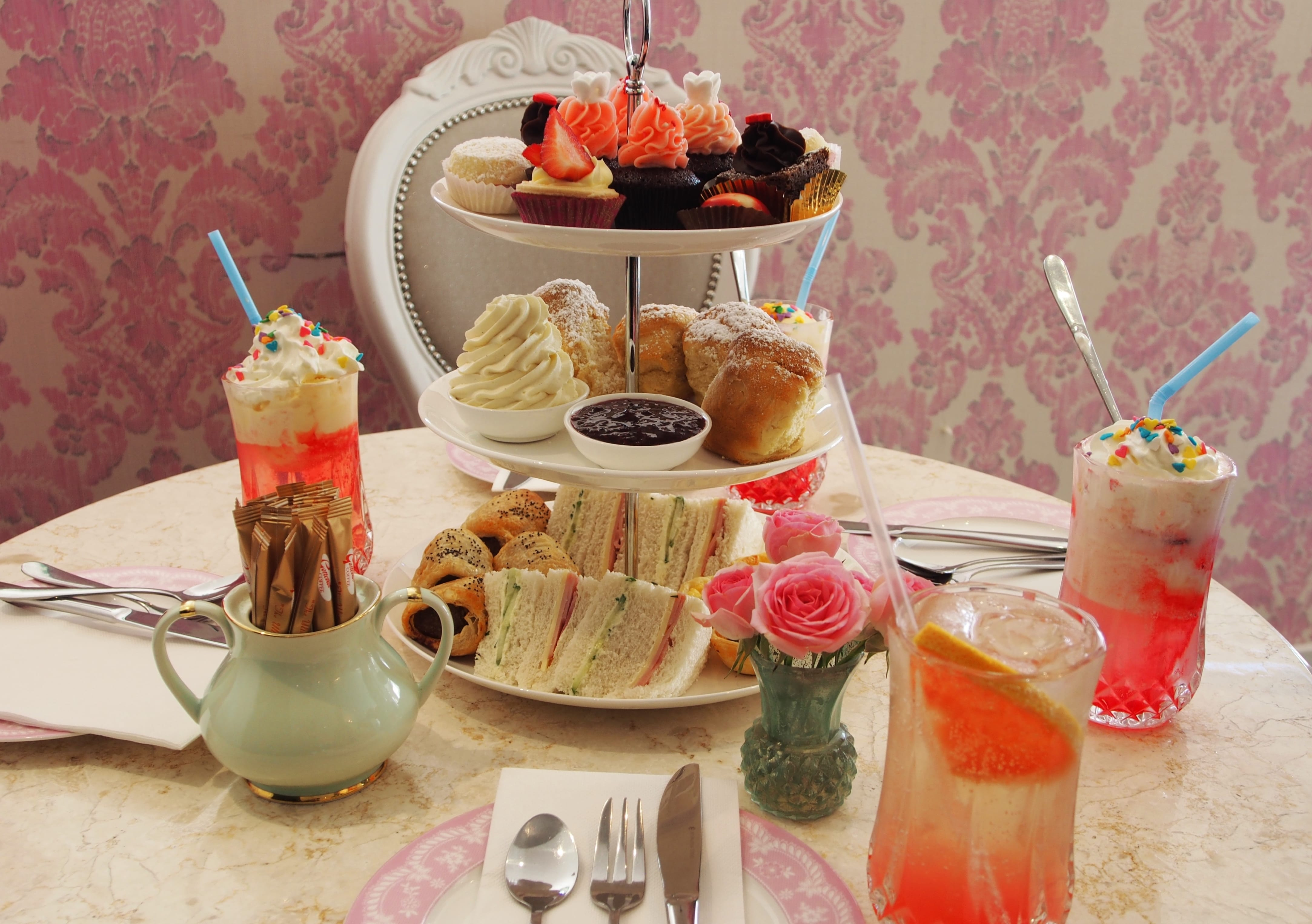 mother's day gift - high tea